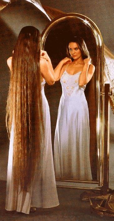 Crystal-Gayle-Hair