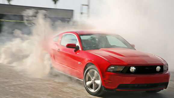 Red-ford-mustang-2010